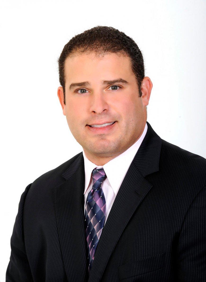 Aaron Grossman, CEO